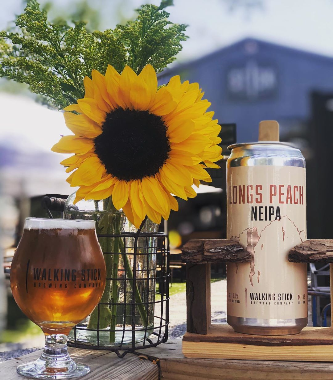 For here or to-go🌞☀️🌻  Open daily 3-10pm and weekends 12-10pm🍻  #patioweather #dontsticktowhatyouknow #supportlocal #savetxbreweries #htxcraftbeer #drinkmorebeer